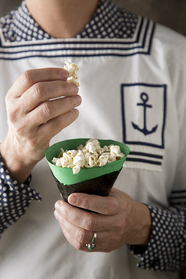 Seaweed Salt Seasoned Popcorn (Libbie Summers and Chia Chong for Salted and Styled)