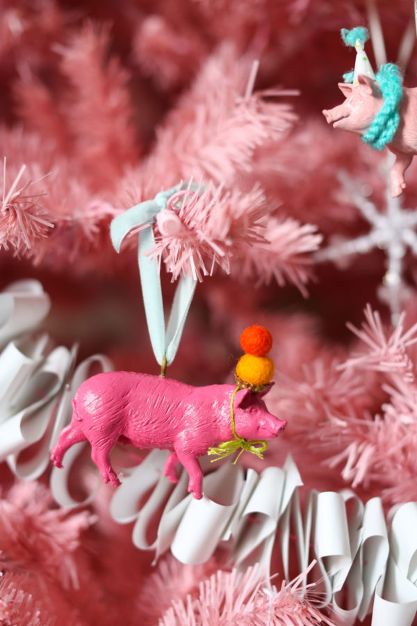 Holiday Ornaments, Barnyard Animals, Libbie Summers, Holiday Crafts, Pigs, Pig Ornaments, Farm Animals