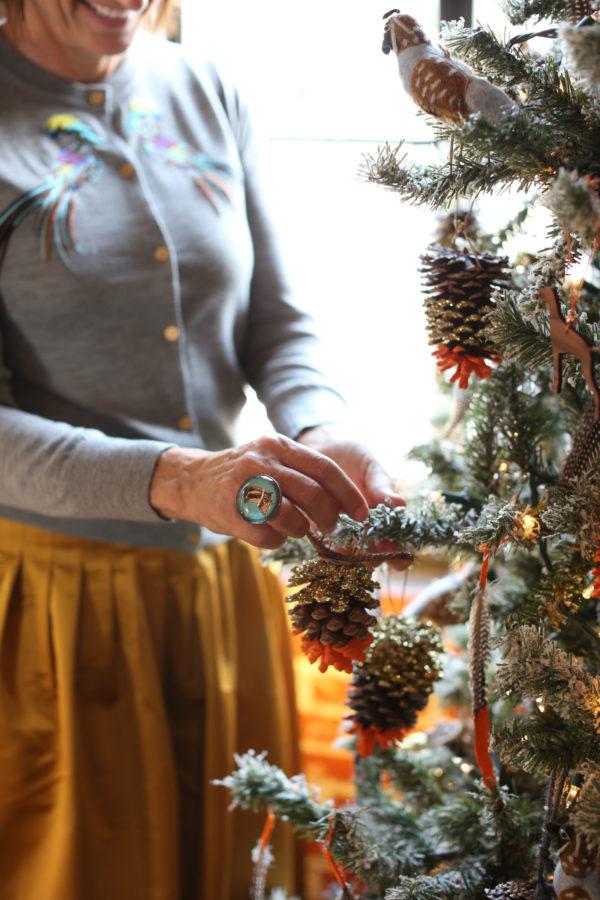 Pinecone, Libbie Summers, Ornament, Diy, Glitter