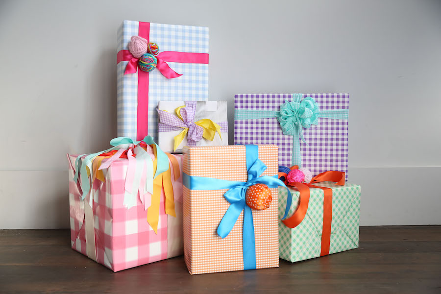 Gingham Gift Wrap, Libbie Summers, Holiday Gift Wrapping, Wrapping Paper, Libbie Summers,