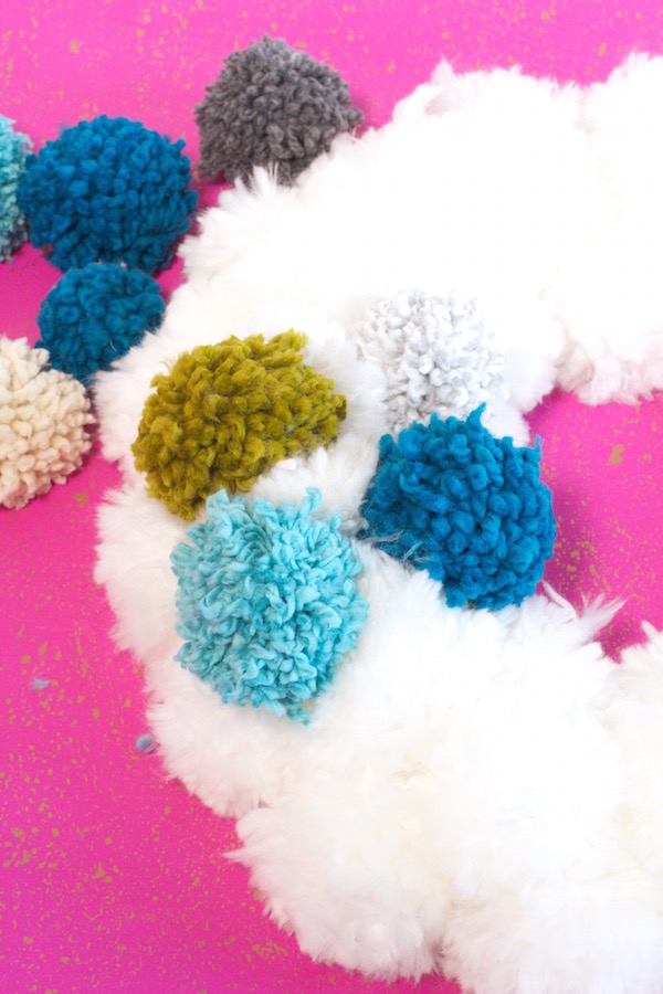Pom Poms, Wreath Making, Craft Making, Libbie Summers, Holiday Wreaths, Holiday Crafts,