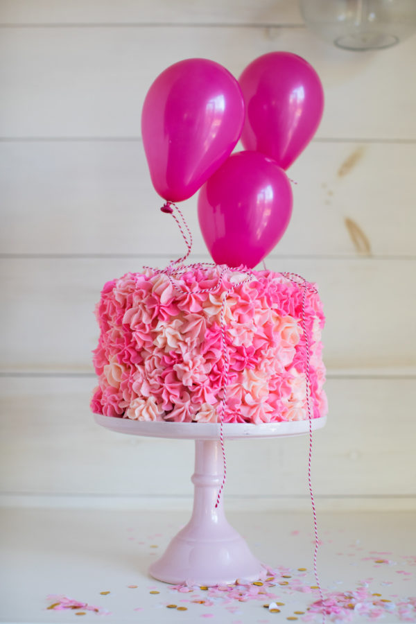 Cake Decorating, Valentine's Day Cake, Libbie Summers, A food-inspired life, Girly Cakes, Girly Girl Cakes