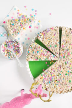Rice Crispy Treats, Kid's Snacks, Desserts, Sprinkle Desserts, Libbie Sprinkles, #libbiesprinkles, A food-inspired life, Spring Break Sprinkles