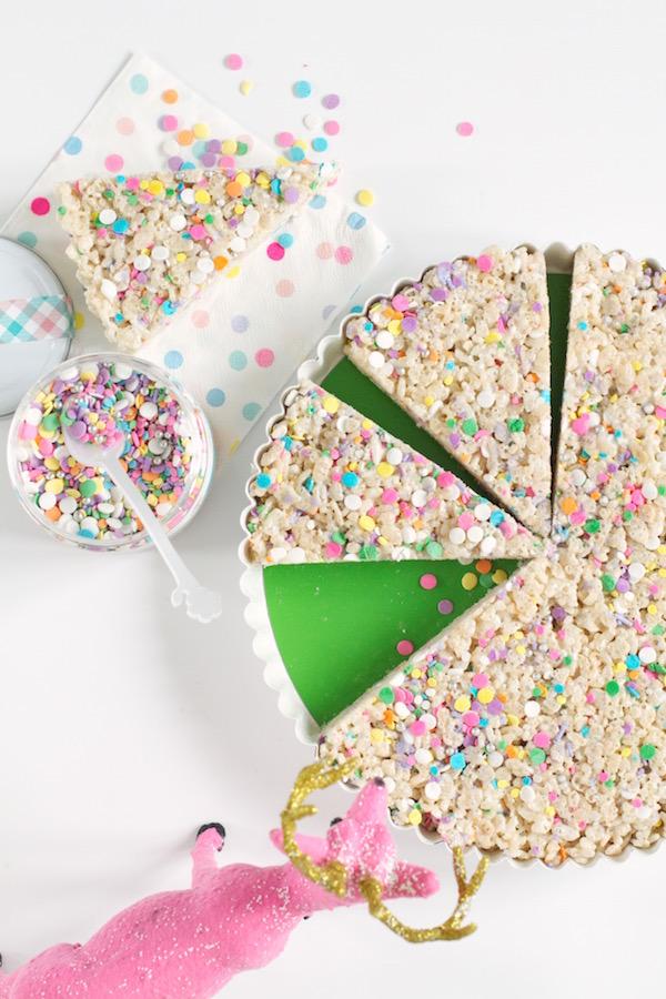 Rice Crispy Treats, Kid's Snacks, Desserts, Sprinkle Desserts, Libbie Sprinkles, #libbiesprinkles, A food-inspired life, Spring Break Sprinkles