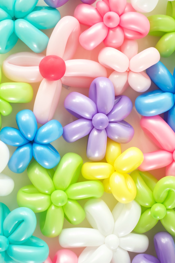 Balloon Flowers, Happy Spring, How To Make a Balloon Flower, Colorful Balloon Flowers, Party Decorations, A food-inspired life,