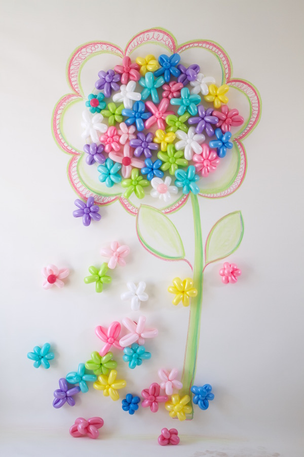 Kid's Party Backdrop, Libbie Summers, A food-inspired life, Flower Power, Party Decorations, Balloon Flowers, Instagram Backdrops, Party,