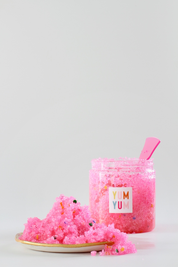 Sugar Scrub, Handmade gifts, Gifts from the Kitchen, Valentine's Day gifts, Sprinkle Sugar Scrub, Easy Gifts, Spa gifts