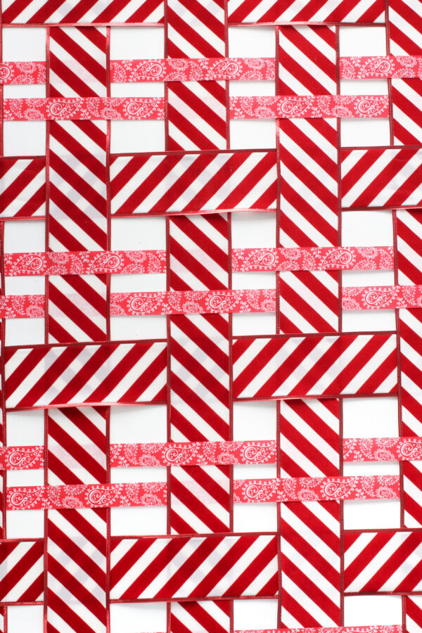 Holiday Ribbon Tablecloth, Weaving Ribbon, Dinner Table Designs, Libbie Summers Entertains, Red and White Table, Candy Cane Inspired