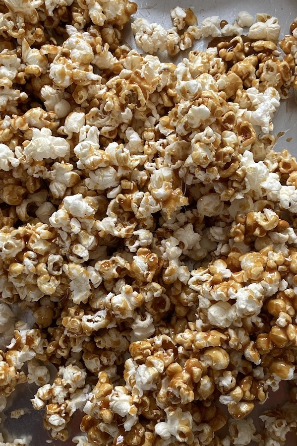 Cracker Jacks, Homemade Cracker Jacks, Sweet and Salty Snacks, Snack Recipes, Popcorn Recipes, Libbie Summers Recipes, A food-inspired Life