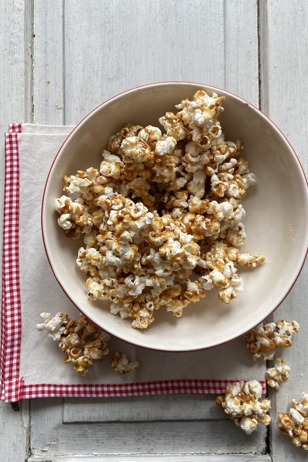 Cracker Jacks Recipe, Libbie Summers Recipes, Brown Sugar Shortstack Edition, Sweet and Salty Snacks, Popcorn Recipe, How to make Popcorn, Popcorn 101,