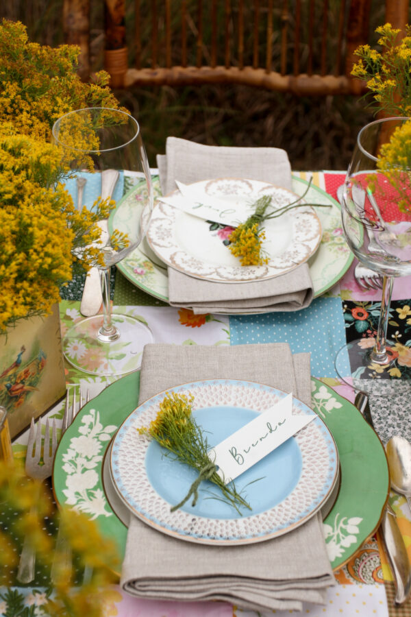 Thanksgiving Tablescape, Tablescapes, Patchwork Quilt Table Runners, Libbie Summers Entertains, A food-inspired life, A table in a field, Dinner Al fresco, Autumn in Georgia, Goldenrod, Patchwork table runner, table topper, patchwork quilting, place settings, cool place settings