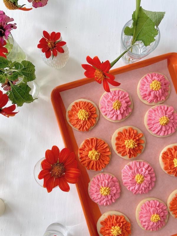 Decorated Cookies, Zinnia Sugar Cookies, Sugar Cookies, Easy Cookie Decorating, Libbie Summers Recipes, The Best Sugar Cookie Recipe